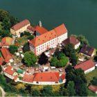 Bild-SchlossBeuggen-von-oben